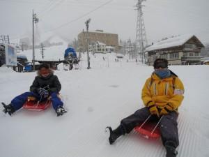 木島平スキー・スノーボーツアー